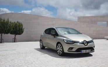 Renault clio 1.2 χειροκίνητο